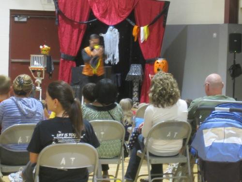 Magic Show 10-14 (12)