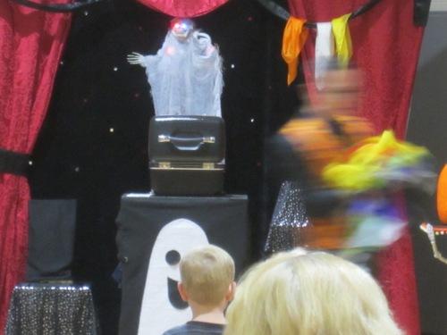 Magic Show 10-14 (18)